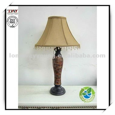 2015 New promotional products polyresin hotel table lamp