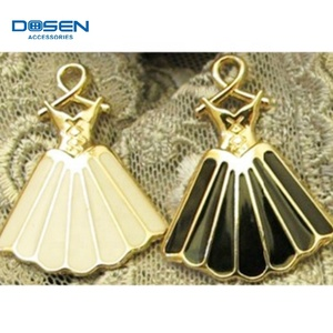 Fashion beautiful dress shaped decorative custom metal zipper pulls for garment