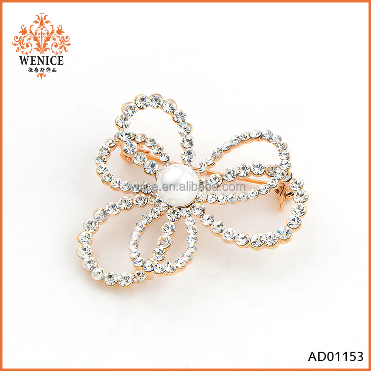 Fashion Unique Pearl Crystal Flower Brooch Pin Alloy Jewelry