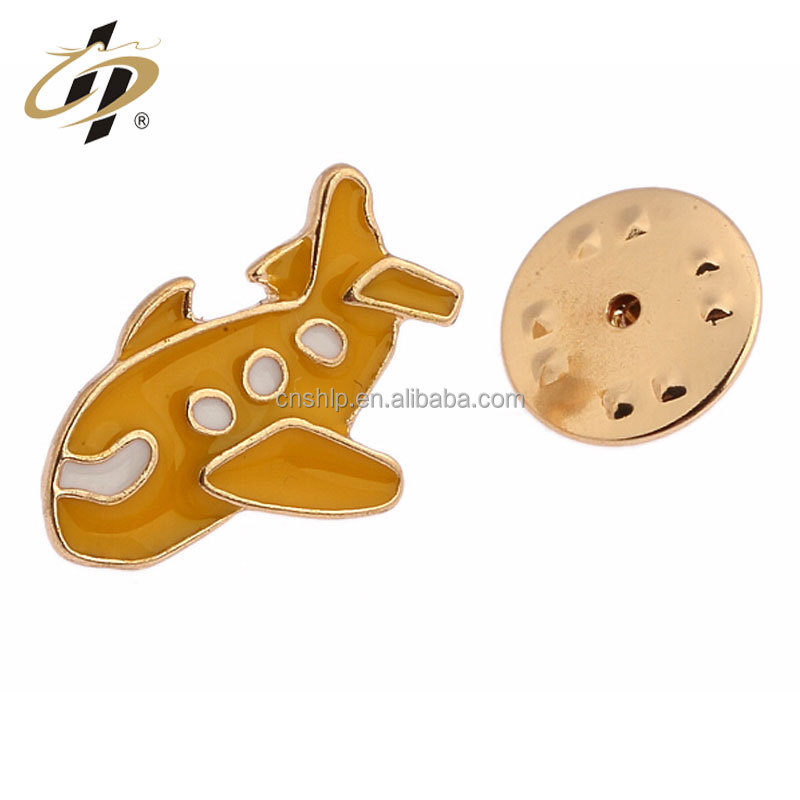 Custom design make metal airplane shape clothe button badge for kid