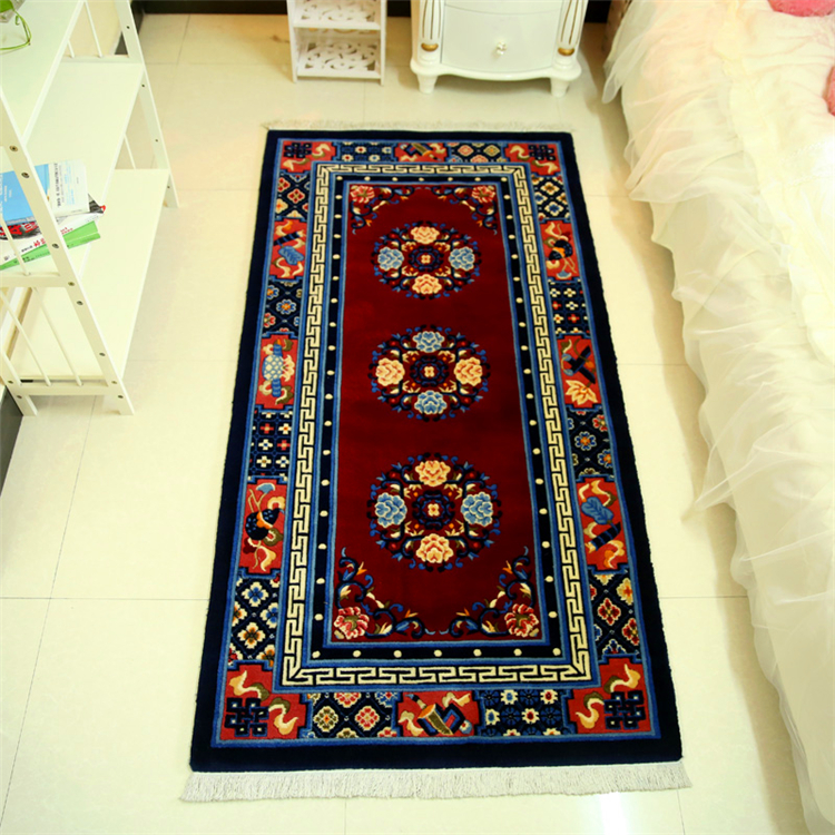 Pure wool carpets , Hand carved national rugs