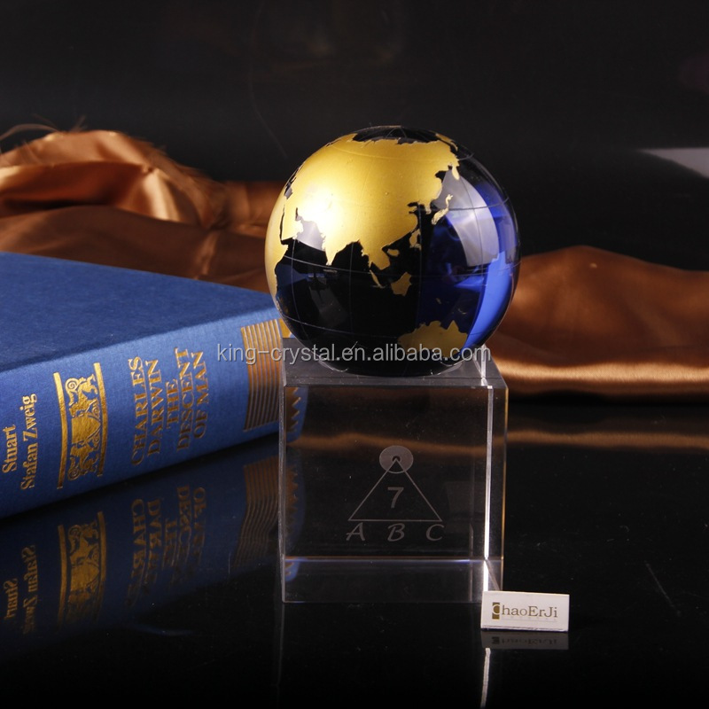 Best quality hot selling Colorful Plaque Crystal Globe Trophy crystal with base globe award