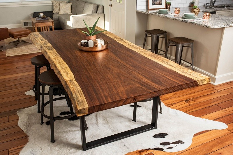 New Design Wholesale Live Edge Wooden Dining Table Acacia