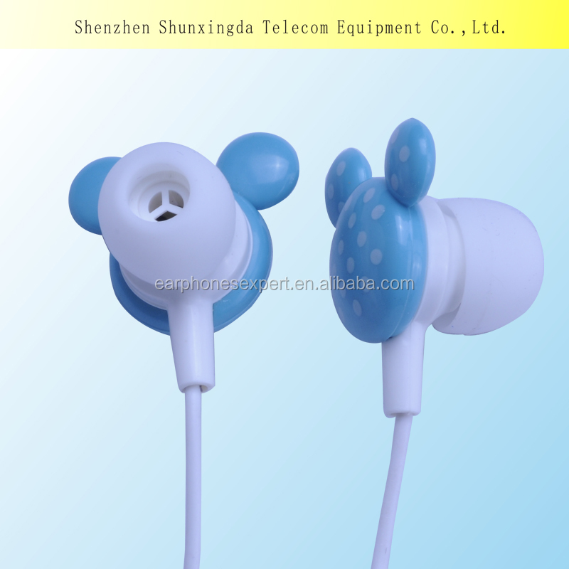 2014 New Fashion Lovely Colored Mickey Mouse Earphone MP3