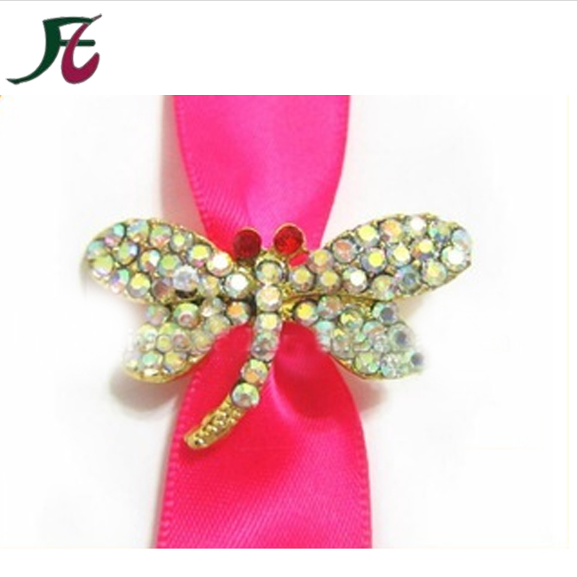 Bulk wholesale special dragonfly rhinetsone brooch for wedding invitation