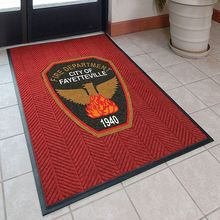 Customized Corporate Gift Set Logo On Carpet