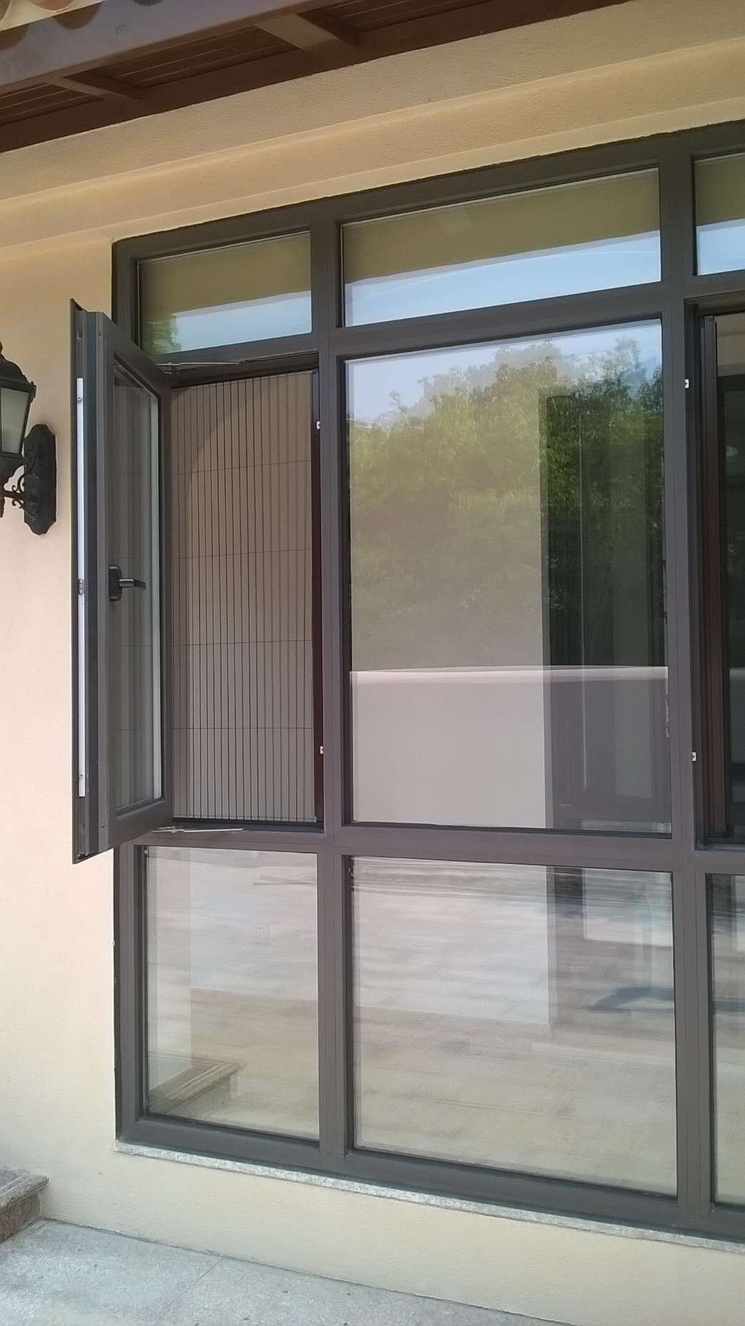 GM sample _GB mini Safe barrier-free and trackless folding insect screen window