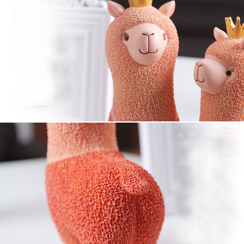 Wholesale Stock Small Order Home Decorative Resin Crafts Animal Alpaca Money Box
