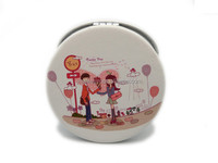 valentine idea boy sending flower to girlfriend round folding mini hand pocket cosmetic compact mirror