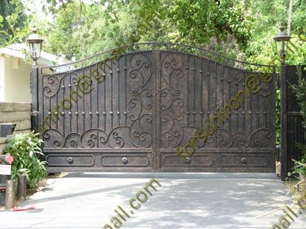 Privacy Wrought Iron Big Gates With Blind Sheet Can Not