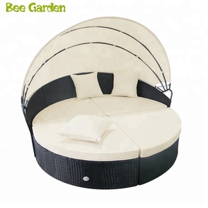 patio sofa Round Wicker Rattan Outdoor Daybed with Retractable Canopy