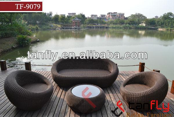 pe geflochtenen outdoor sofa gartensofa rattan garten sofa mobili in rattan muebles de rejilla. Black Bedroom Furniture Sets. Home Design Ideas