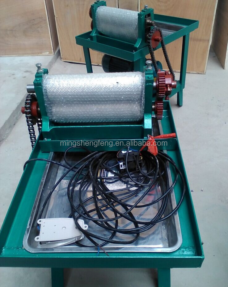Chinese supplier electric 310 mm bee wax comb foundation mill for hot sale