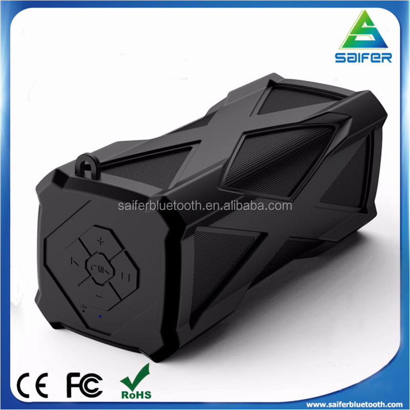 outdoor IP44 waterproof bluetooth subwoofer speakers with built-in 4000mAh Battery and three color choice OEM/ODM Service