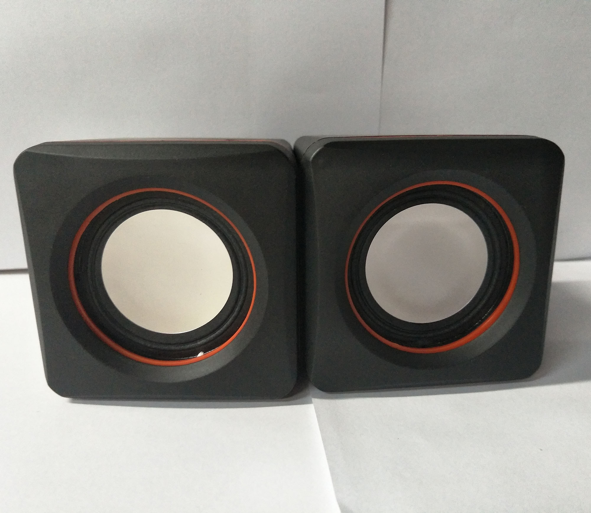 Hot Murah USB Menghubungkan Square Komputer PC 2.0 Mini Speaker