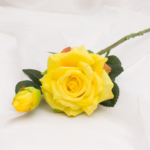 Свадебные украшения, высокое качество, искусственные цветы, яркие настоящие розы, искусственный шелк, цветок невесты, домашний декор, 2 голо...(Китай)