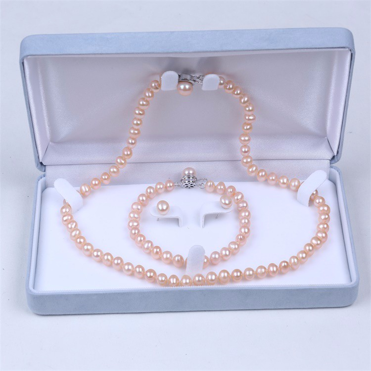 Daily wear jewelry set with freshwater pearl