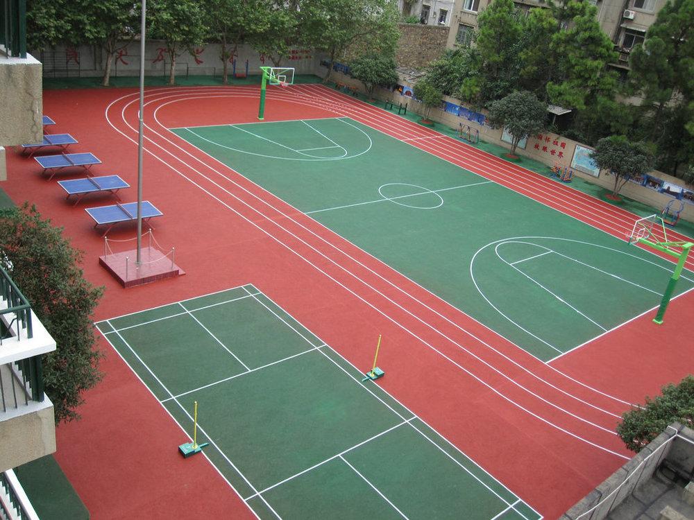 Outdoor basketball court flooring gurus floor for Sport court floor