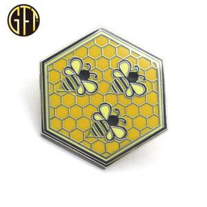 Lovely Cartoon Bee Metal Piun Badges