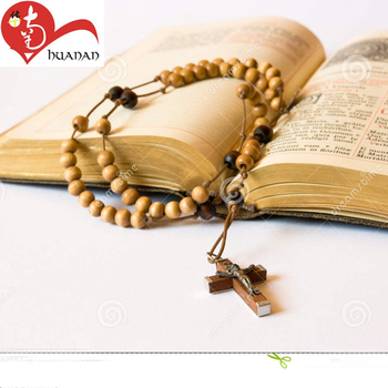 Factory wholesale 6mm religious rosary bead jewelry saint benedict crucifix prayer cross necklace