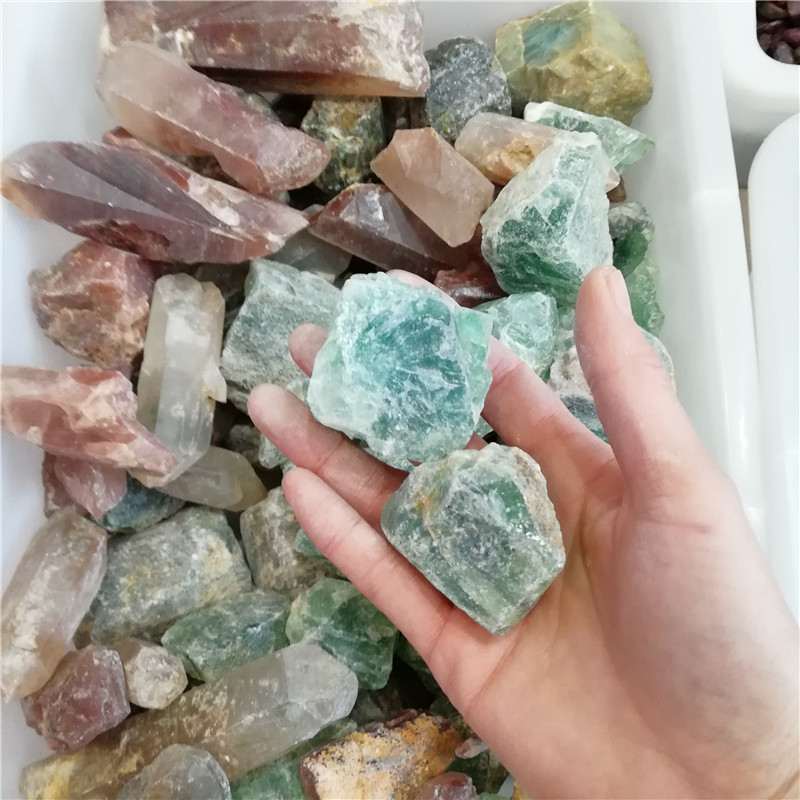 Wholesale natural  quartz crystal ruogh stone