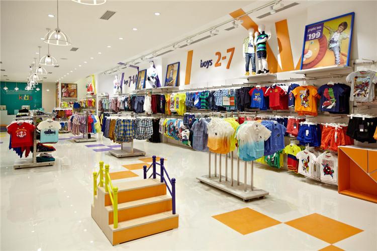 Leuke Interieur Winkels : Leuke babies retail interieur kleding winkel decoraties jassen