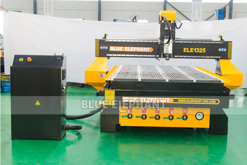 1325 Good quality low price china cnc wood router 3d , wood design cutting machine , with vacuum working table