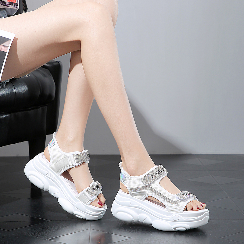 Special Design Women Stylish Sandals Sports Sandals Casual Flat Sandals For Women and Ladies