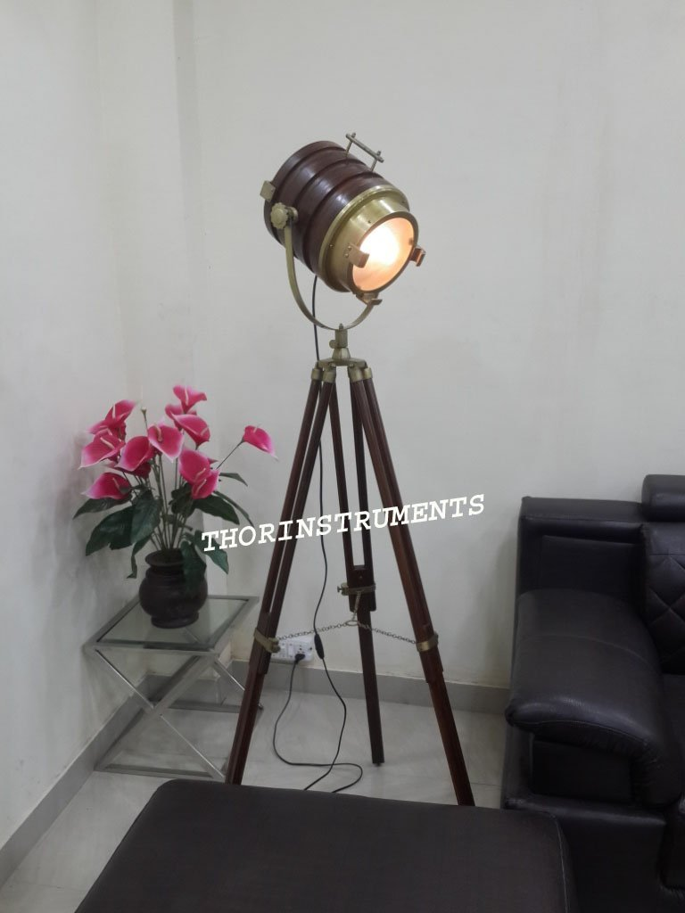 Beautiful Classical Nautical Floor Lamp Wooden Spot Search Light Tripod Stand