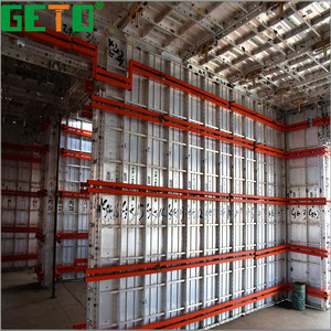 Lower cost high efficiency polyethylene wall panel bundled tube structure