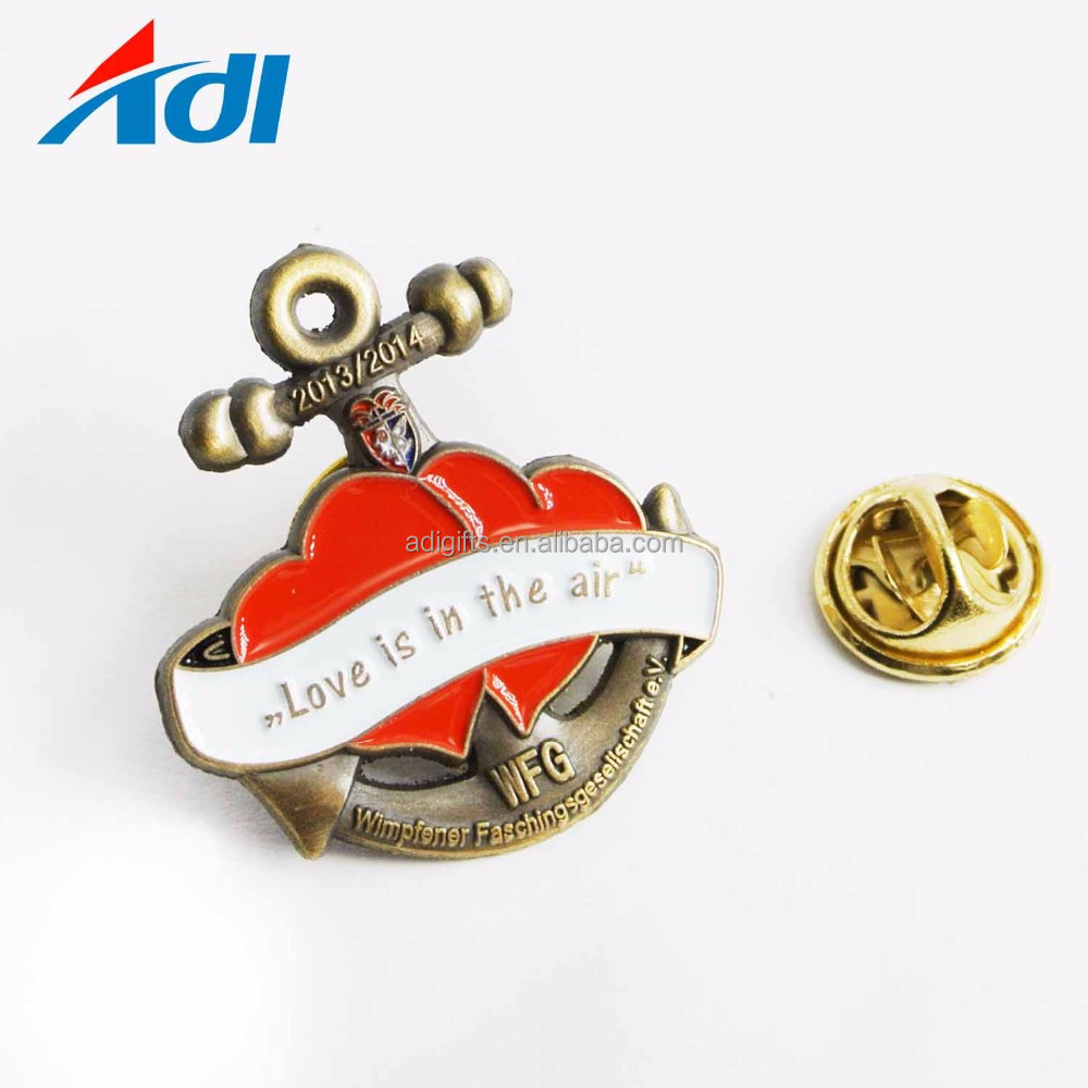China manufacturer custom old 3D anchor metal decoration enamel lapel pins