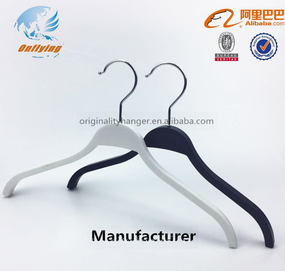 white solid hanger for plastic clothes cabinet, rotary hook clothes line hanger