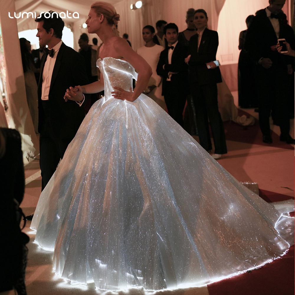 3483ac8e5 مصادر شركات تصنيع مضيئة فستان الزفاف ومضيئة فستان الزفاف في Alibaba.com