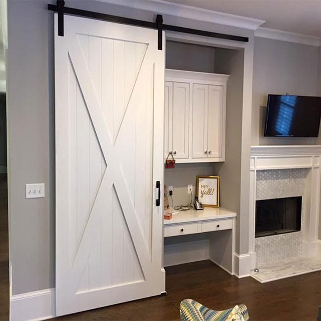 https://sc01.alicdn.com/kf/HTB1zXLhldfJ8KJjy0Feq6xKEXXao/Bespoke-cottage-style-wooden-barn-door-for.jpg