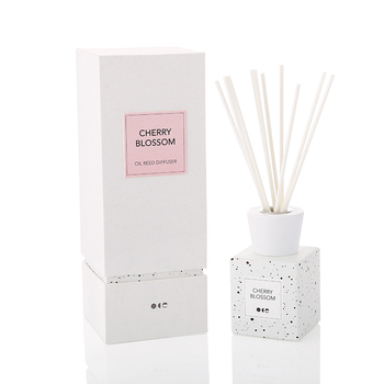 European Style Gift Set Glass Bottle Aroma Reed Diffuser Home Perfume With Rattan Sticks