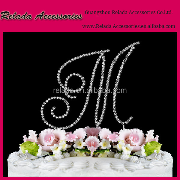Wedding party decorations Custom Personalized Mr & Mrs Wedding rhinestone Cake Topper with Your Last Name