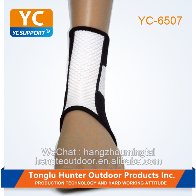 Sports safety neoprene embossed ankle brace support stabilizer protector wrap sleeve