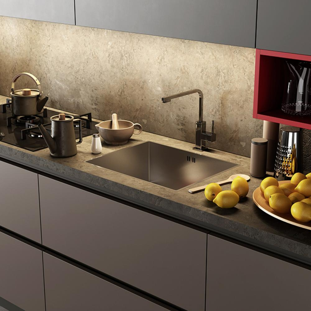 Modern High Glossy Black Lacquer Kitchen Cabinet with High Basket