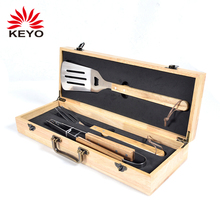 Houten Case Barbecue Tool Box Set Barbeque Gereedschap Box 3 stks Set <span class=keywords><strong>Bbq</strong></span> <span class=keywords><strong>Grill</strong></span> Tool <span class=keywords><strong>Kit</strong></span>