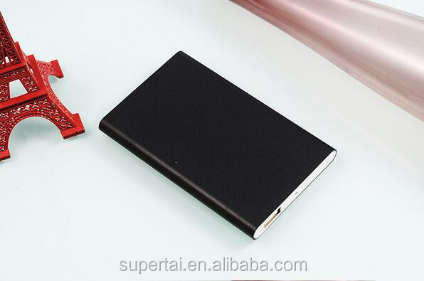 Fast Charging Ultra Slim Aluminum polymer power bank