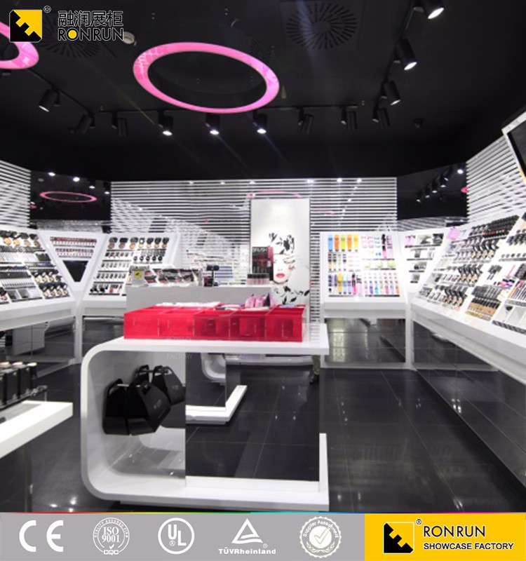 Fashion cosmetics display counter showcase for Shopping mall and Boutiques interior decoration