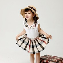 Children clothes set Summer Clothing Baby girl Plaid Sleeveless Vest and Skirt set Kids Fashion Girls skirt set 2016 new