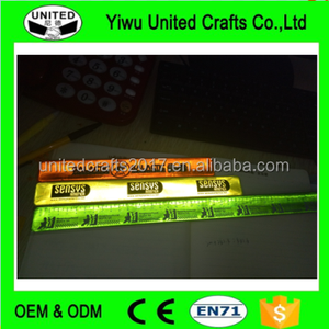 Number one newest fashion promotion gifts for custom logo printing slap band with reflective