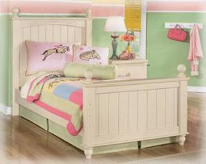 Signature Design by Ashley Cottage Retreat Bedroom Set with Full Bed, Nightstand, Dresser and Mirror