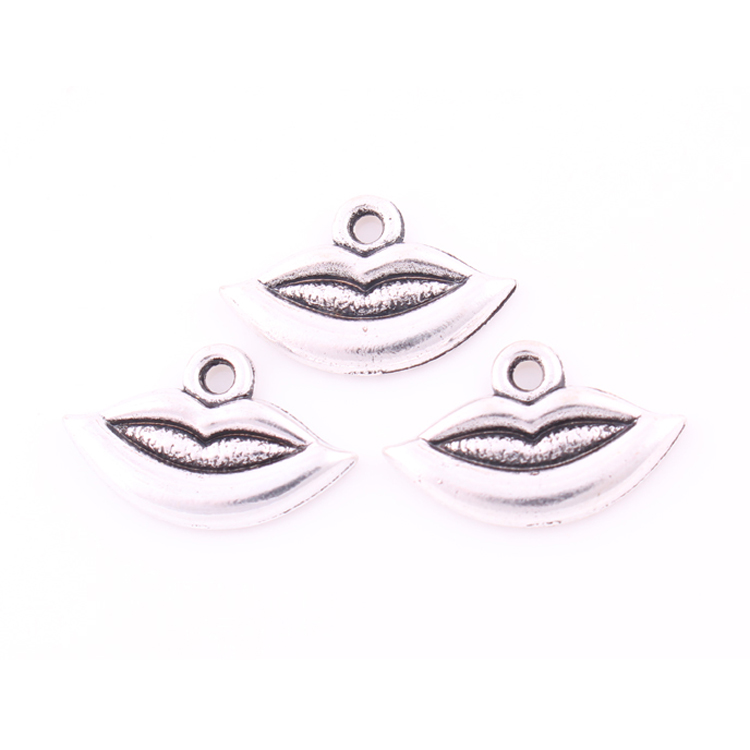 H101178 Yiwu Huilin jewelry lip pendant for design of black choker women pendant accessories