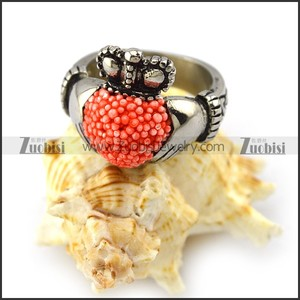 Unique Design Silver Engraved Two Hands Holding Crowned Red Beads Piled Heart Ring