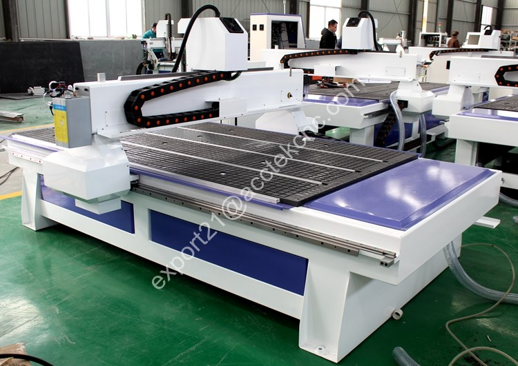 cnc router 1325 back.jpg