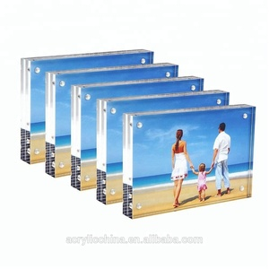 Desktop Display with Gift Box Package Acrylic Picture Frame Double Sided Magnetic Photo Frames Blcoks