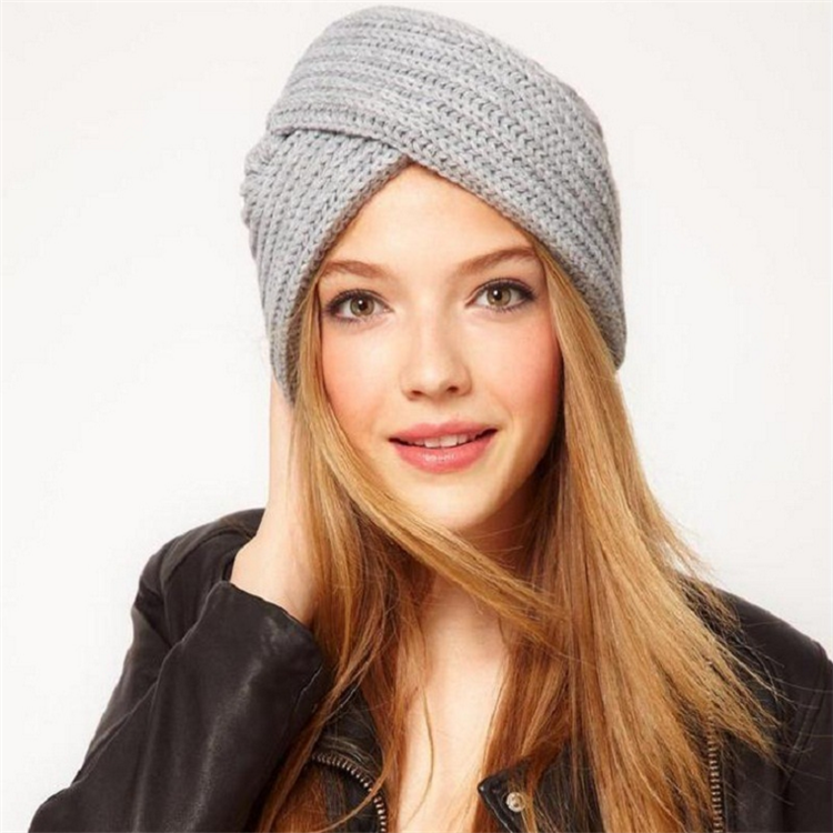 c42cb3029da Wholesale bulk knit hats women different types of knit hats with top balls