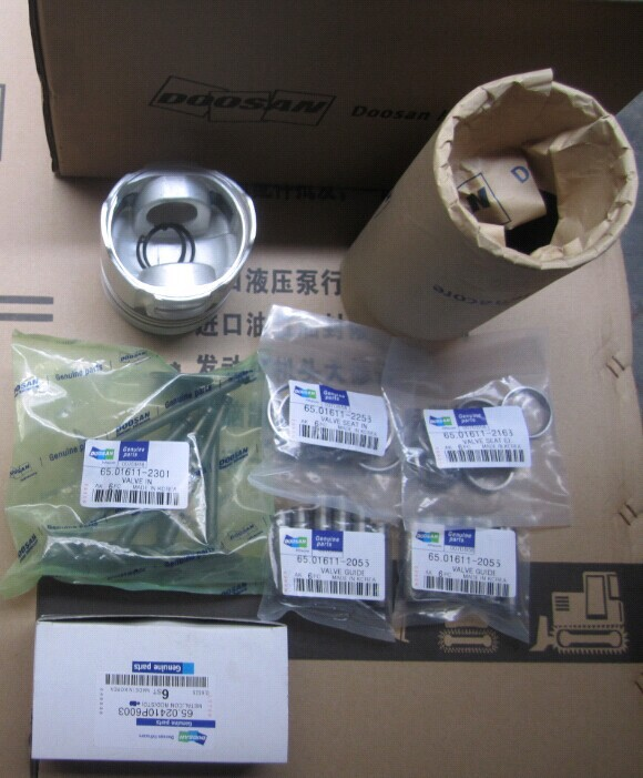 Second-hand 6D125 Engine Fuel injection pump for PC400-3 Excavator, 6D125 Fuel injection pump